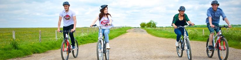 Leisure-Cyclists-Group_Hero-Crop